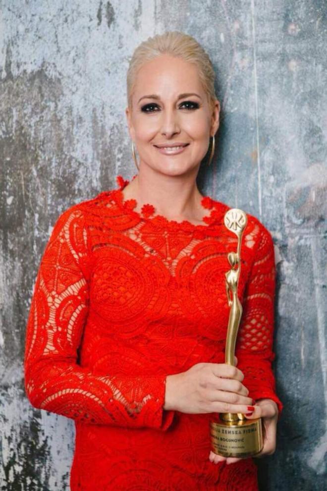 Nagrada CVET USPEHA – za ženu zmaja